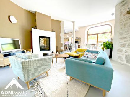 Casa di lusso in vendita SERGY, 300 m², 5 Camere, 1130000€