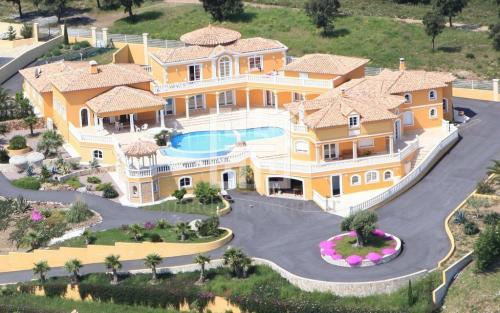 Luxus-Villa zu verkaufen SAINTE MAXIME, 760 m², 4 Schlafzimmer, 4750000€