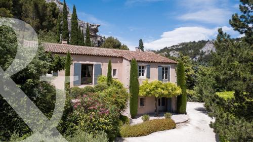 Maison de luxe à vendre LES BAUX DE PROVENCE, 270 m², 4 Chambres, 2485000€
