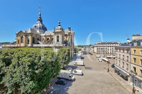 Квартира класса люкс на продажу  Версаль, 135 м², 3 Спальни, 1330000€