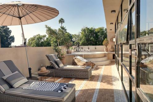 Дом класса люкс на продажу  Марракеш, 220 м², 3 Спальни, 330000€