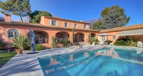 Luxus-Haus zu verkaufen VALBONNE, 380 m², 6 Schlafzimmer, 3800000€