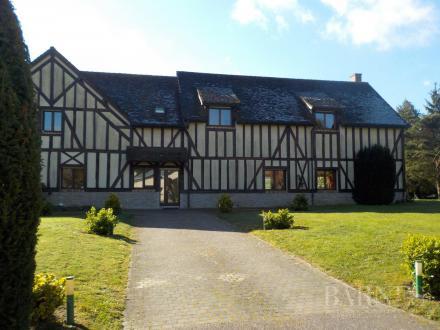Propriété de luxe à vendre HOUDAN, 540 m², 954000€
