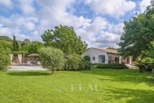 Luxury House for sale SALERNES, 230 m², 5 Bedrooms, €900000