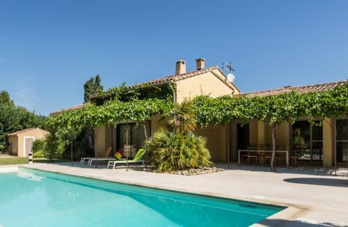 Villa di lusso in vendita MAUBEC, 220 m², 6 Camere, 749000€