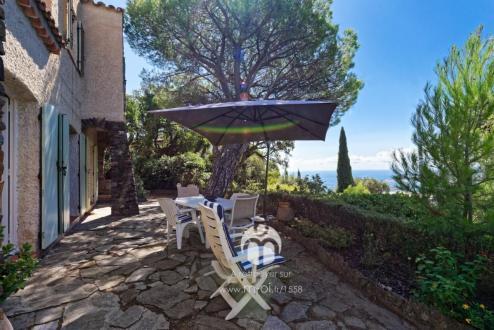 Maison de luxe à vendre CAVALAIRE SUR MER, 160 m², 5 Chambres, 1683000€