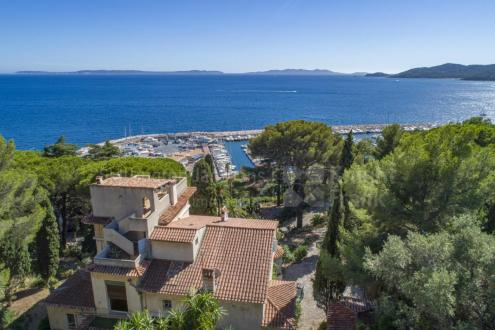 Luxury Villa for sale LE LAVANDOU, 650 m², 10 Bedrooms, € 4 900 000