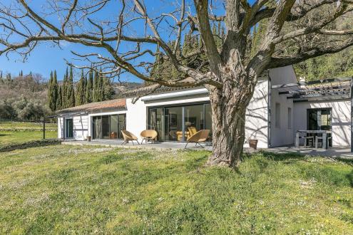 Villa de luxe à vendre GRASSE, 393 m², 7 Chambres, 2440000€