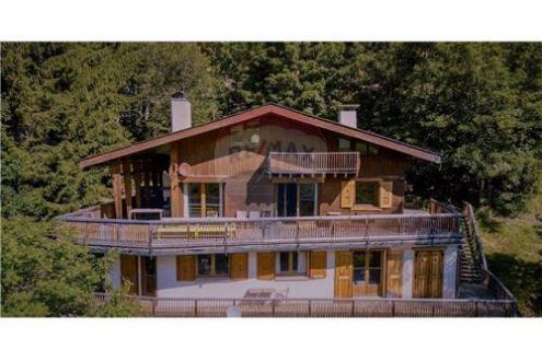 Luxus-Haus zu verkaufen LE GRAND BORNAND, 230 m², 8 Schlafzimmer, 1260000€