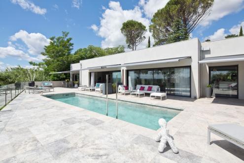 Luxus-Liegenschaft zu verkaufen VILLENEUVE LES AVIGNON, 230 m², 4 Schlafzimmer, 1250000€
