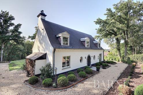 Casa di lusso in vendita LASNE, 225 m², 5 Camere, 1565000€