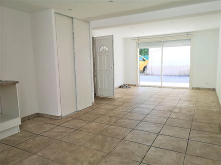 Luxury Apartment for rent AVIGNON, 59 m², 2 Bedrooms, €725/month