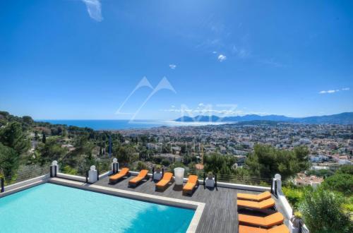 Luxury Villa for sale LE CANNET, 600 m², 6 Bedrooms, €5950000