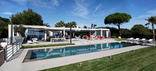 Maison de luxe à louer RAMATUELLE, 450 m²,