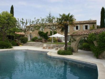 Luxury House for rent CABRIERES D'AVIGNON, 450 m²,