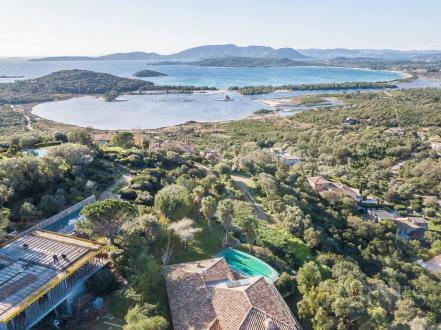 Villa di lusso in vendita SAINTE LUCIE DE PORTO VECCHIO, 316 m², 8 Camere, 2490000€