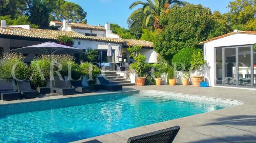 Luxury House for rent MOUGINS, 277 m², 5 Bedrooms,