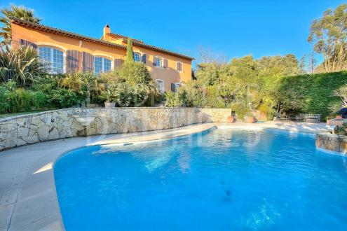 Luxury Villa for sale ANTIBES, 200 m², 4 Bedrooms, € 1 785 000