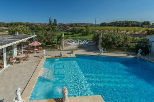 Propriété de luxe à vendre LAMBESC, 504 m², 9 Chambres, 840000€
