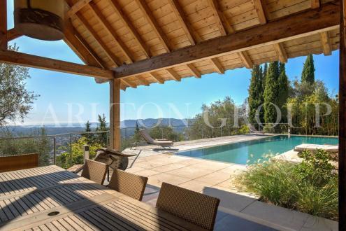 Maison de luxe à vendre GRASSE, 240 m², 5 Chambres, 1580000€