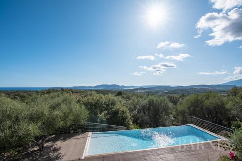 Villa di lusso in vendita LECCI, 212 m², 1350000€