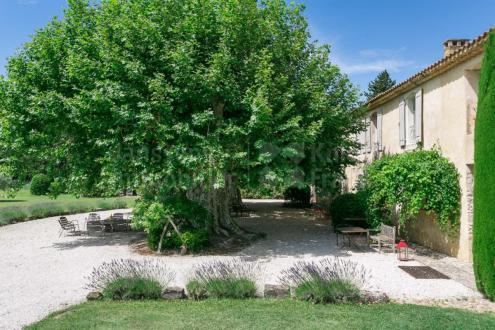 Luxe Farm te koop L'ISLE SUR LA SORGUE, 450 m², 7 Slaapkamers, 2400000€