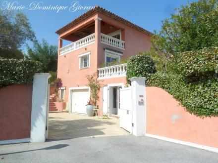 Maison de luxe à vendre SAINT RAPHAEL, 174 m², 3 Chambres, 740000€