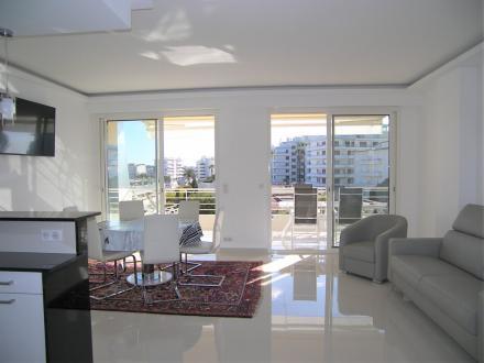 Appartement de luxe à louer CANNES, 68 m², 2 Chambres, 2000€/mois