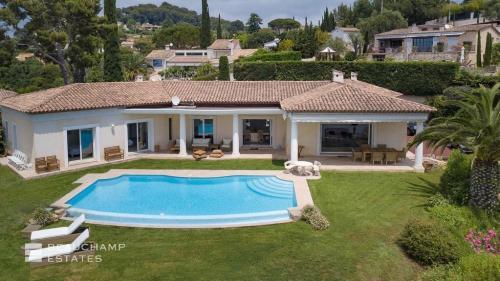 Maison de luxe à louer LE CANNET, 220 m²,