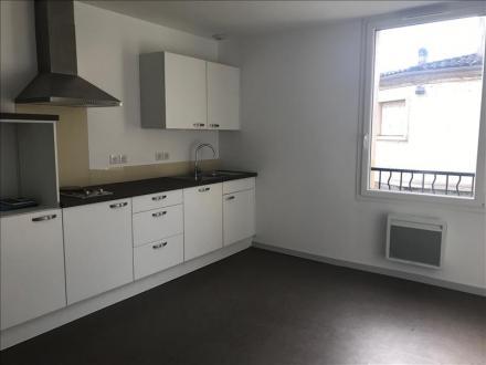 Luxe Appartement te huur MONTPON MENESTEROL, 37 m², 1 Slaapkamers, 460€/maand