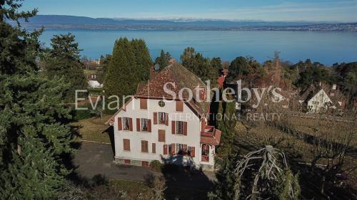 Luxus-Haus zu verkaufen EVIAN LES BAINS, 321 m², 10 Schlafzimmer, 2500000€