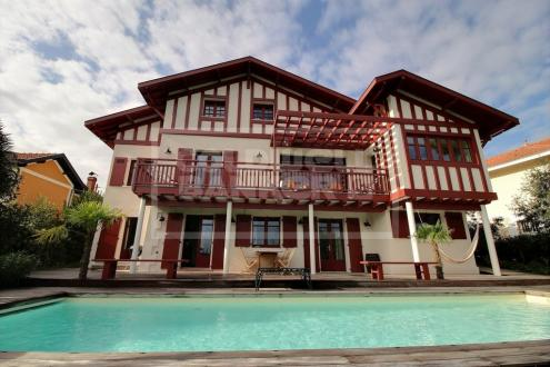 Luxus-Haus zu verkaufen ARCACHON, 262 m², 5 Schlafzimmer, 2600000€
