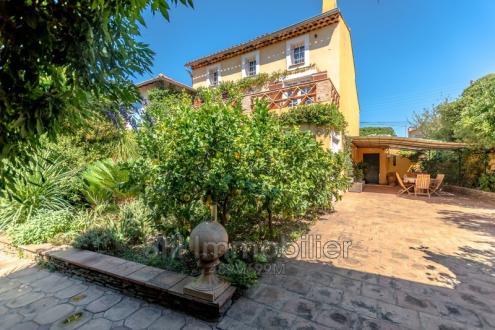Villa de luxe à vendre SAINTE MAXIME, 180 m², 3 Chambres, 1290000€