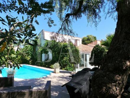 Luxe Villa te koop SAINT JEAN CAP FERRAT, 135 m², 3 Slaapkamers, 2200000€