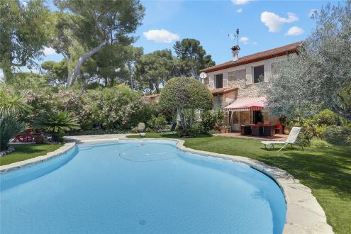 Luxury House for sale CAP D'ANTIBES, 150 m², 4 Bedrooms, € 2 300 000