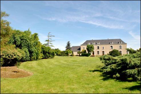 Château / Manoir de luxe à vendre ANCENIS, 510 m², 5 Chambres, 779250€