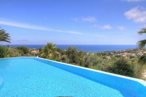 Luxus-Haus zu verkaufen LES ISSAMBRES, 210 m², 4 Schlafzimmer, 1617000€