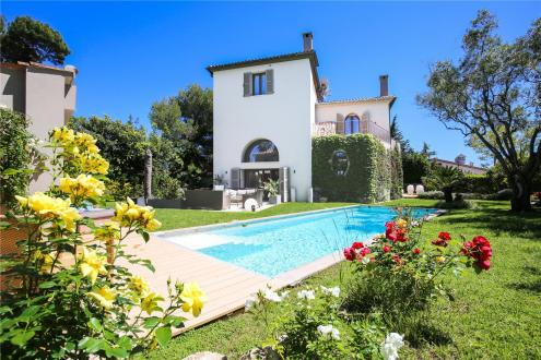 Luxury House for sale CAP D'ANTIBES, 257 m², 5 Bedrooms, € 2 950 000