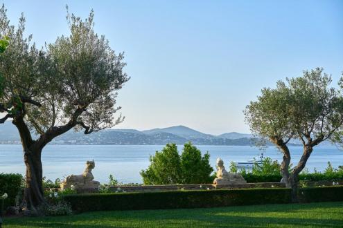 Maison de luxe à vendre SAINT TROPEZ, 400 m², 4 Chambres, 20000000€
