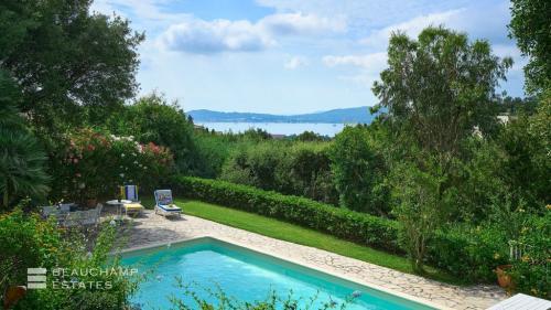 Villa de luxe à vendre GRIMAUD, 152 m², 5 Chambres, 1200000€
