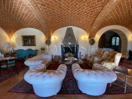 Maison de luxe à vendre QUARGNENTO, 2000 m², 10 Chambres
