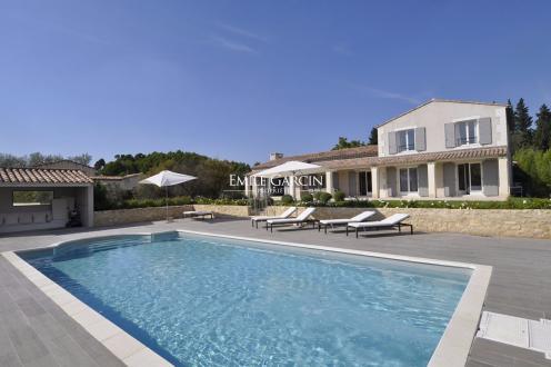 Casa di lusso in affito PARADOU, 200 m², 5 Camere,