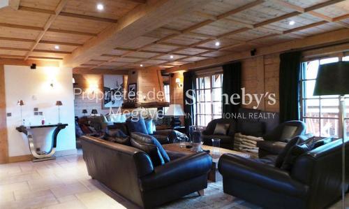 Chalet de luxe à louer MEGEVE, 400 m², 6 Chambres,