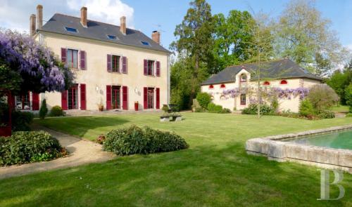 Maison de luxe à vendre LAVAL, 250 m², 5 Chambres, 620000€