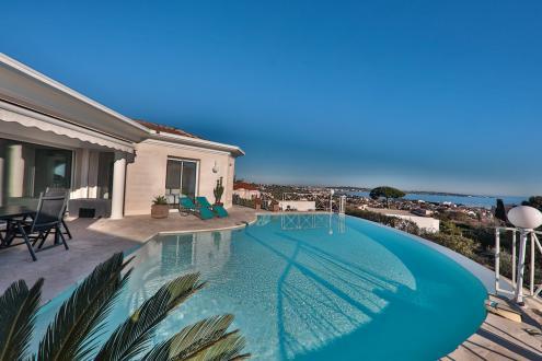 Villa de luxe à vendre LE GOLFE JUAN, 200 m², 4 Chambres, 1995000€