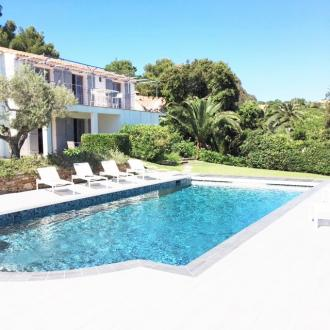 Maison de luxe à louer LA CROIX VALMER, 301 m², 7 Chambres,