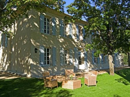 Luxury House for rent SAUMANE DE VAUCLUSE, 6 Bedrooms,