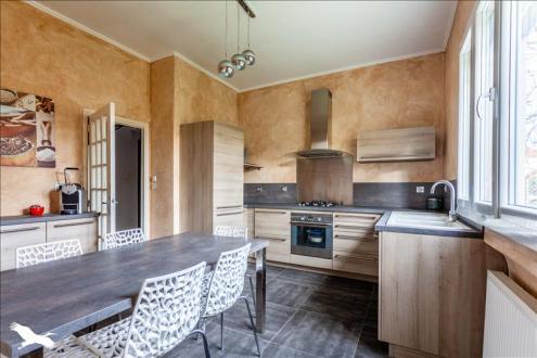 Maison de luxe à vendre VILLEURBANNE, 120 m², 4 Chambres, 748800€