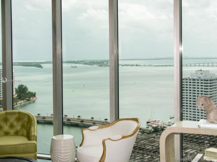 Appartement de luxe à vendre FLORIDE, 136 m², 2 Chambres, 750000$