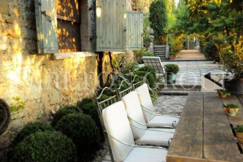 Luxury House for rent MOUGINS, 700 m², 5 Bedrooms,